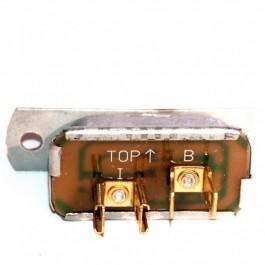 Régulateur de tension des indicateurs(carburant et t°d'eau)jusqu'à 80