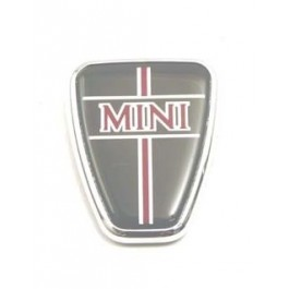 Badge de capot mini rouge sur fond gris
